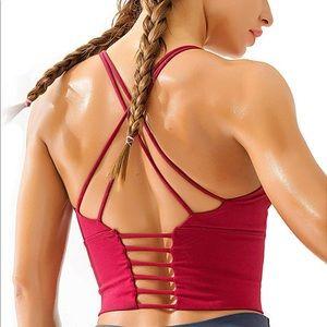 Gymshark Tops - Astoria Seamless Sculpt Sports Crop - ruby